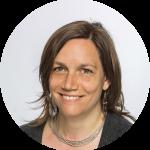 Elke Schlack - Investigadora Asociada - PUC