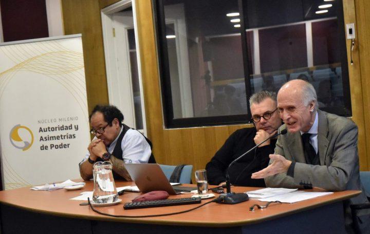 Experto argentino expuso en la Universidad Diego Portales sobre los saberes tecnosociales, sus efectos y los problemas que genera entre los jóvenes y las escuelas